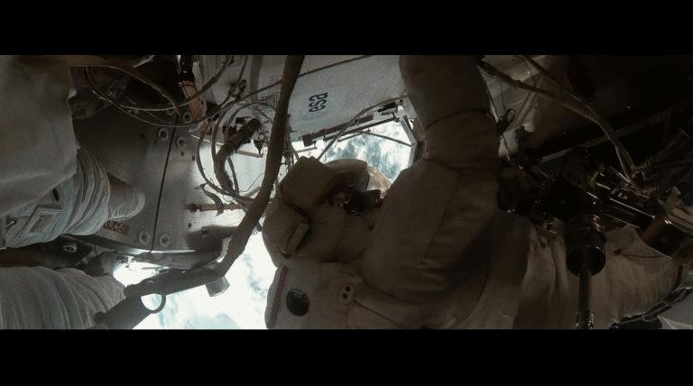 adam_short_movie_patform_satellite_07