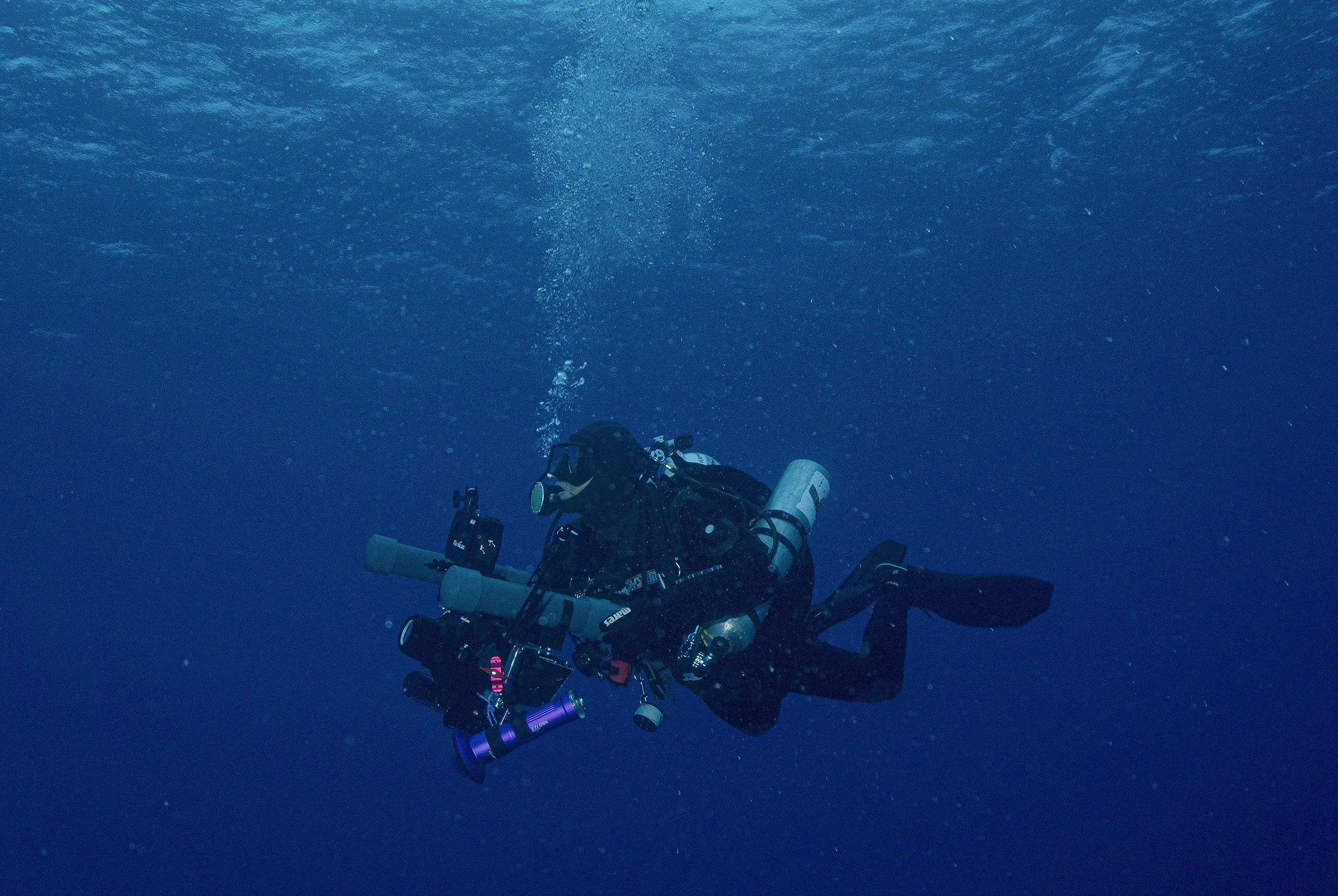 flavio_oliva_documentarist_director_underwater_cinematography_01