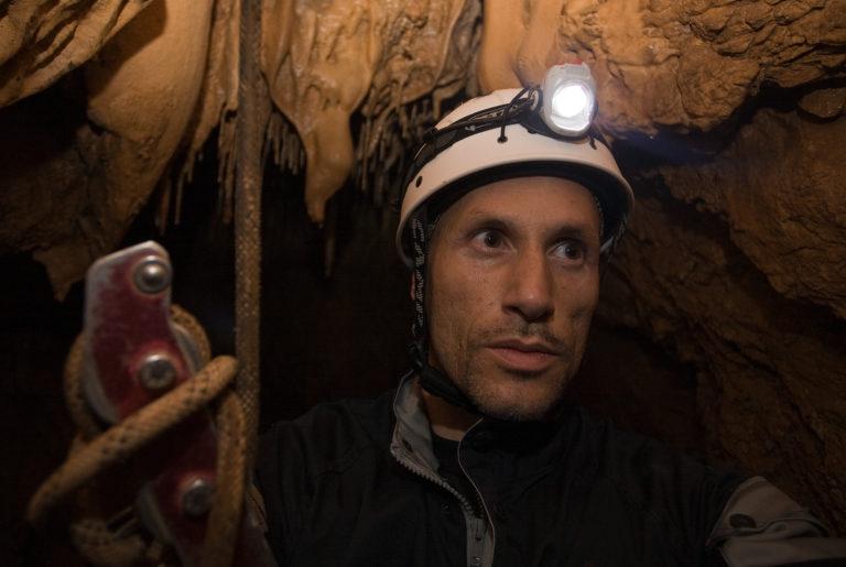 flavio_oliva_documentarist_director_underwater_cinematography_caves_01